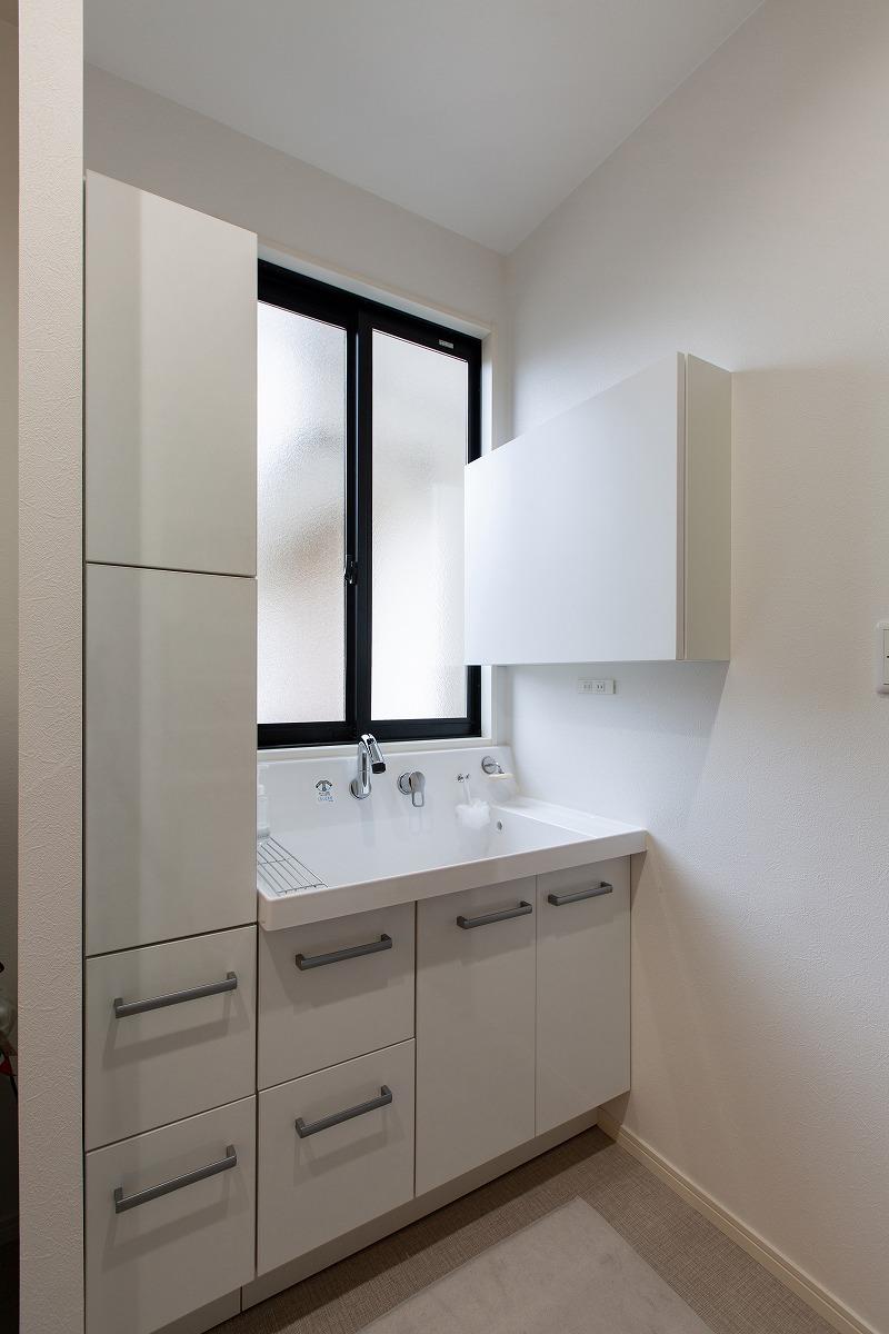刈谷市青山町 戸建てリノベーション 洗面化粧台