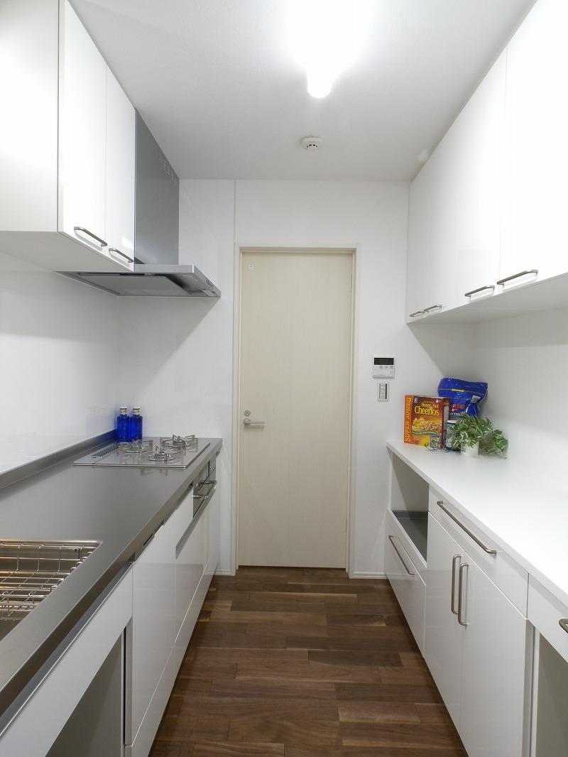 安城市赤松町 注文住宅 オーダーキッチン2