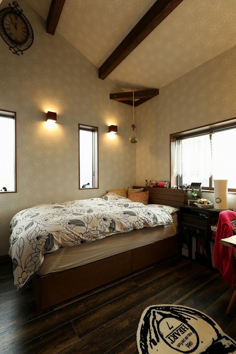 安城市 戸建てリノベ 寝室2