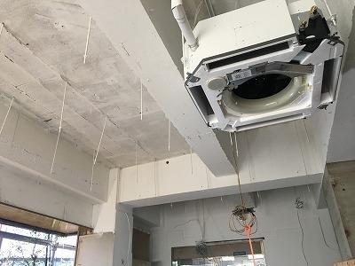 名古屋支店剥き出し天井