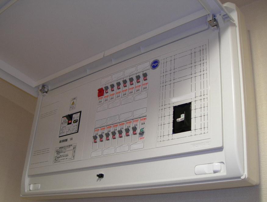 電気の容量、コンセント、も見直し。