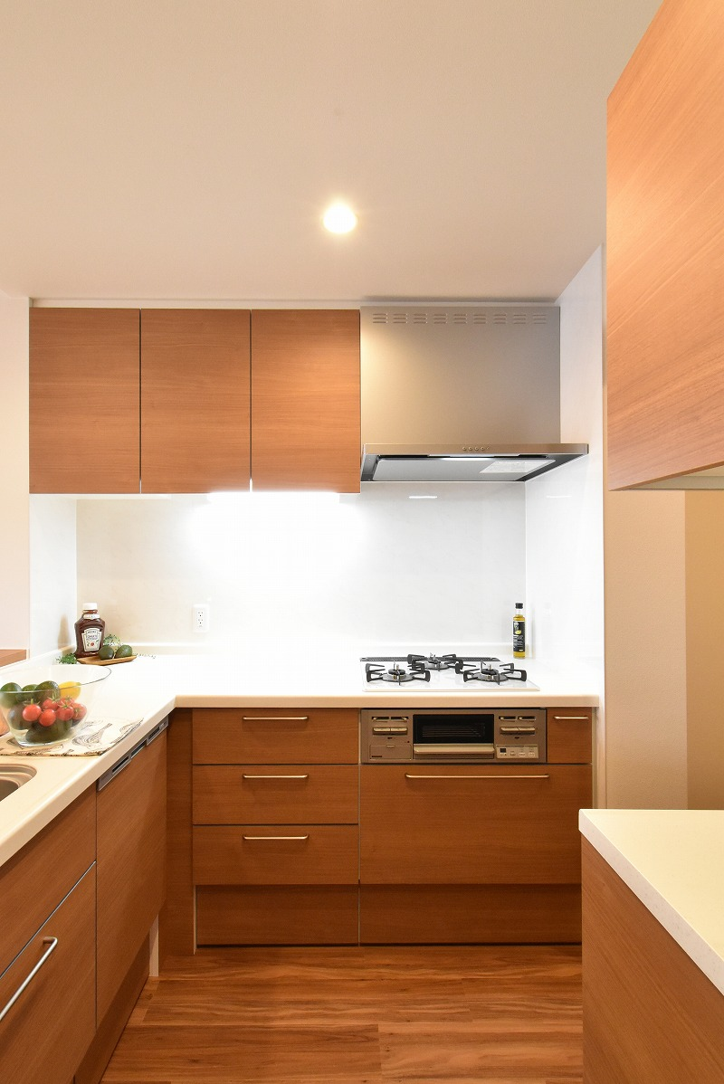マンションリノベ L型キッチン