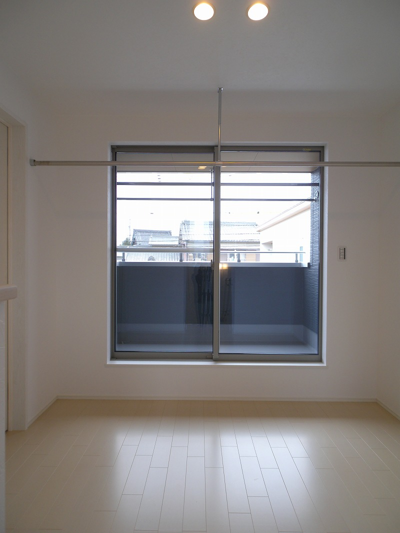 刈谷市高須町 注文住宅 室内物干しスペース