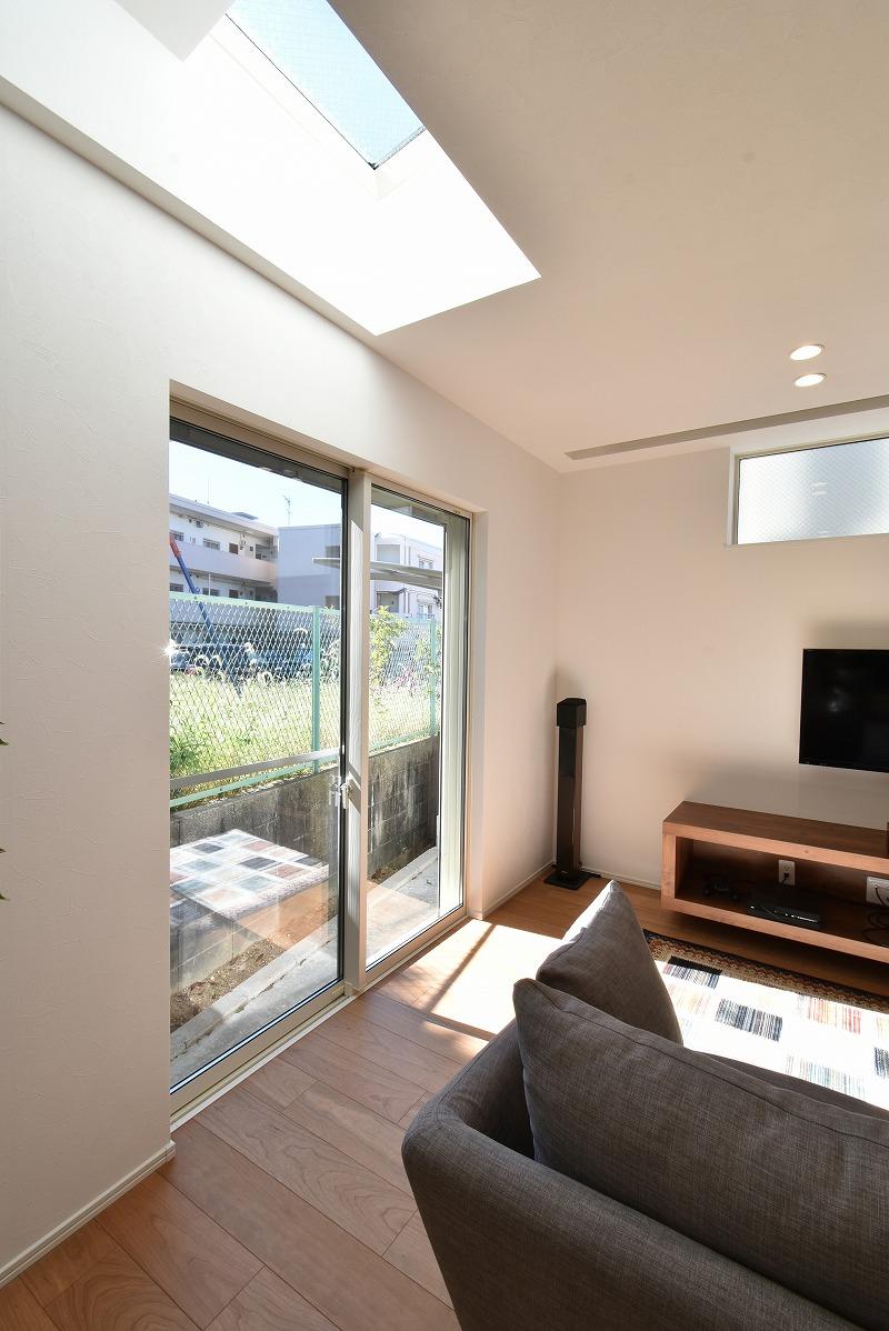 名古屋市緑区 注文住宅 リビング天窓
