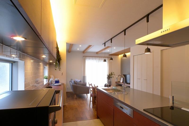 刈谷市高須町建売住宅 間接照明