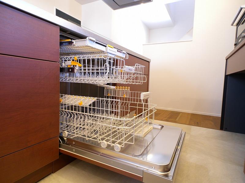 刈谷市高須町モデルハウス ミーレ食洗機