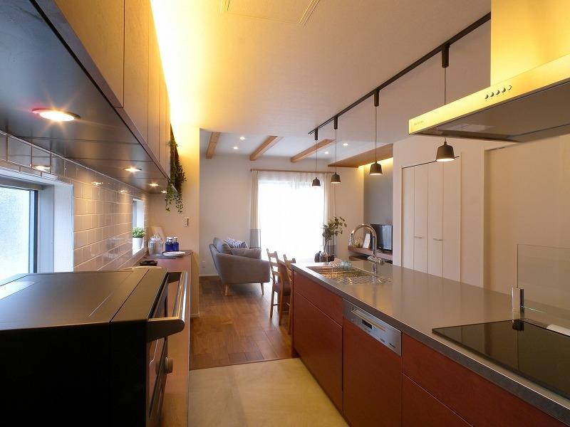 刈谷市高須町モデルハウス 間接照明